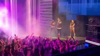 J Balvin, Anita, Jeon Machika en Premios Lo Nuestro 2018
