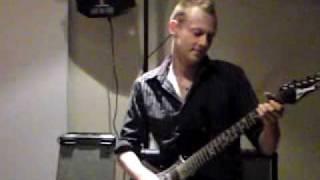 Caveman Stu - She's Electric (Oasis cover)