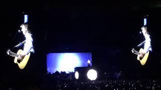 Paul McCartney - Blackbird - Carrier Dome, Syracuse, NY - September 23, 2017  9/23/17