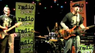 Nomad Clientele- LoveSong (The Cure Cover) Live on Radio 1045