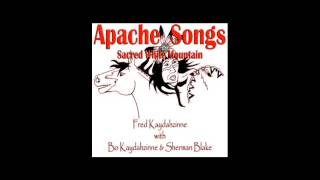 Fred Kaydahzinne - Apache War Dance Song 3