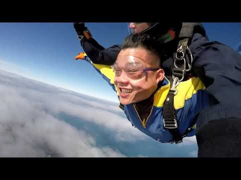 人生第一次在澳洲跳降落伞(skydive) - YouTube