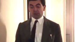 Mr bean episode 1 5 full official video download mr bean hotel room solutioingenieria Choice Image