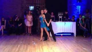 Renaud & Tania - Bachata Promise - Comomango Halloween party Oct 2012