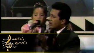 Nathaly Silvana y Maximo Escaleras - Nuestra alegria ( Video Oficial ) Rockola