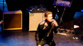 Jane's Addiction - Stop, live at Musicares Map Fund Benefit Concert 5-6-11