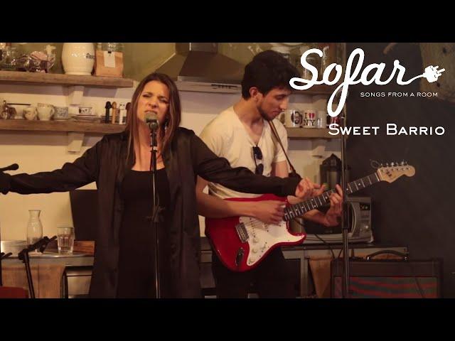 Video en directo de Sweet Barrio para Sofar Madrid - Hard To Kill