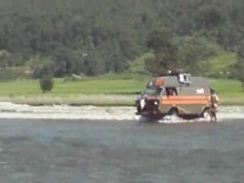 "T3 Syncro ""The Yak"" Rivercrossing Nepal"