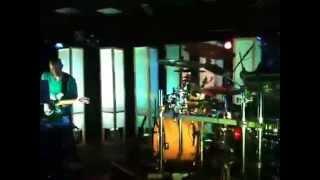 The Floozies- Shakedown Street (Live)