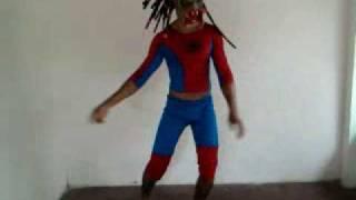 predador vs homem aranha.mp4