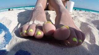 Foot-fetish game by sweet fingers @goddessliza89