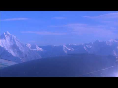 Remy & Rene in Nepal: Vliegen over de Himalaya