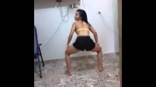 Drih Silva dançando pararatimbum