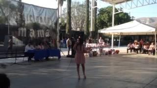 Priscila canta a las madres Señora Señora
