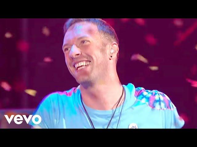 """Video de """"Something just like this"""" de The Chainsmokers feat Coldplay en concierto en los Brit Awards"""