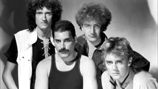 Queen  - Another one bites the dust (Lyrics)