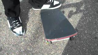 how to kickflip (SIMPLE)