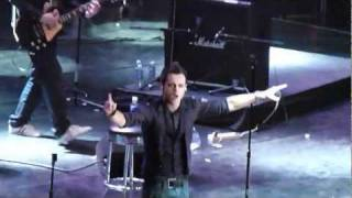 A1 - Caught in the Middle (Live in Manila 2012)