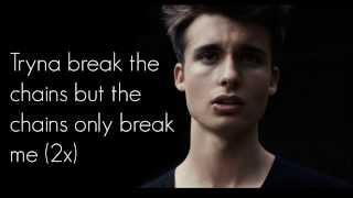 WeeklyChris - Chains cover (Lyrics)