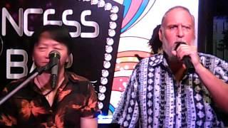 PRINCESS BAR LEK & MAUNG ( GEOFF'S STYLE - THE GAMBLER ) - YOUTUBE