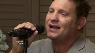 """Kurt Darren performs """"Laat Die Dansvloer Brand"""""""