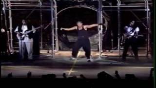 """Netinho cantando """"Capricho dos Deuses"""" no Coliseu de Lisboa 1998"""