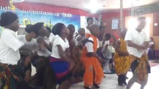Children Dancing Kelenume ya
