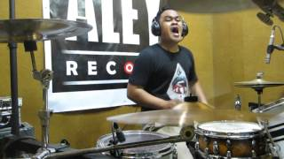 ERRY LAKSONO - BLINK 182 - FIRST DATE (DRUM COVER)INDONESIA DRUMER