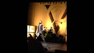 Bullet For My Valentine - Raising Hell (Live at Aylesbury)