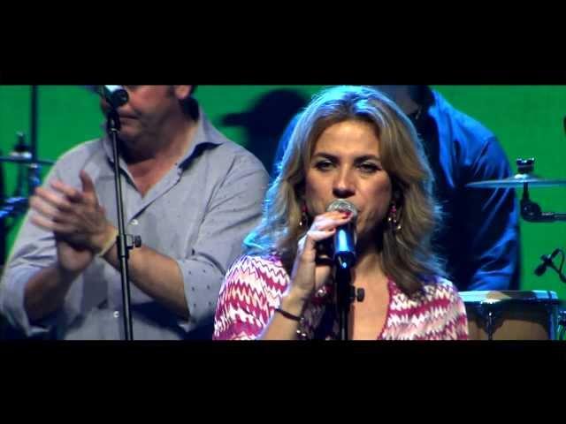 """Video de Siempre Así cantando en directo """"A mi manera"""" en concierto"""