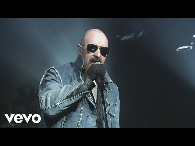 Video en directo del grupo Judas Priest en el Hard Rock Arena con la canción ''Rapid Fire''.