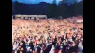 Martin Garrix Tsunami Live ( Dvbbs & Borgeos )