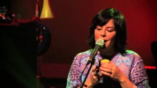 "Pato Fu -- ""Live and Let Die"" - Rumos Música: Infantil (2011)"