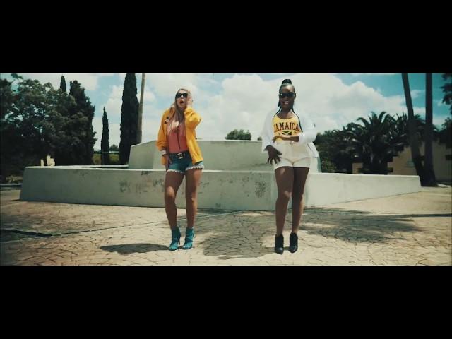Vídeo oficial de Mira Cómo Bailo de Reina Saba ft Malena Gracia