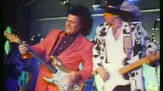 Stevie Ray Vaughan & Dick Dale - Pipeline (1987)