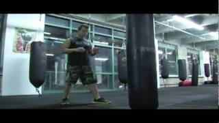 Kickboxing Heavy Bag Workouts - v9 - Roundhouses 2 - Thai Striking