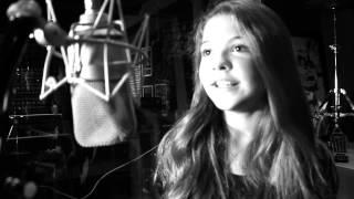 Julia Gomes - Here Comes The Sun (Cover)