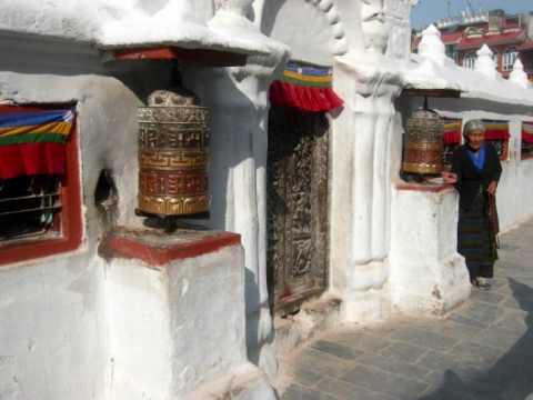 Nepal(Bodhnath,Swayambhunath buddhist stupas).wmv