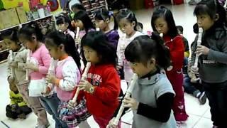 991224女生直笛表演-王老先生有塊地