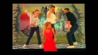 434  Kylie Minogue   Loco Motion {by condemned123}
