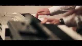 BABI MINUNE si SORINA   Ciupi ciupi VIDEO OFICIAL 2014