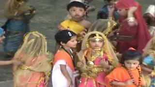 Phoolon Ka Taron ka Sabka Kehna hai - Lata Mangeshkar