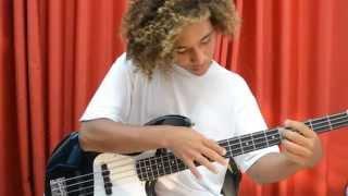 Djavan 'Samurai' - Solo Bass - Leo Cappi