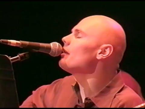 the-smashing-pumpkins-eye-10-18-1997-shoreline-amphitheatre-official-smashingpumpkins-on-mv