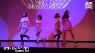 Going Girls Bombay+Problem@ KDA Showcase