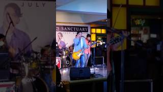 Silent Sanctuary - Bumalik kana sa akin Live at Star Mall Edsa Shaw