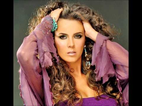 Mi Error Mi Fantasia de Edith Marquez Letra y Video