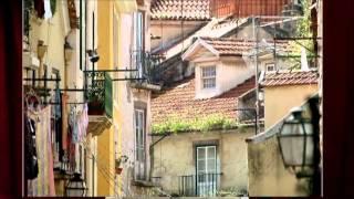 Amália Rodrigues - Nostalgia (É noite na Mouraria)