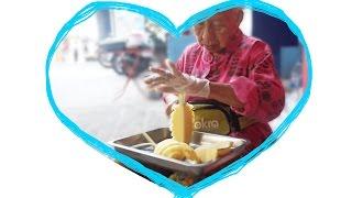 Couper un Ananas à la Thaïlandaise