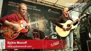 e400-Sylkie Monoff & David Becker